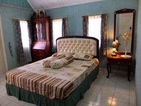 Kamart tidur -2 di lantai atas.