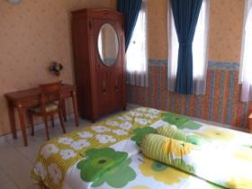 Sisi lain kamar tidur-1